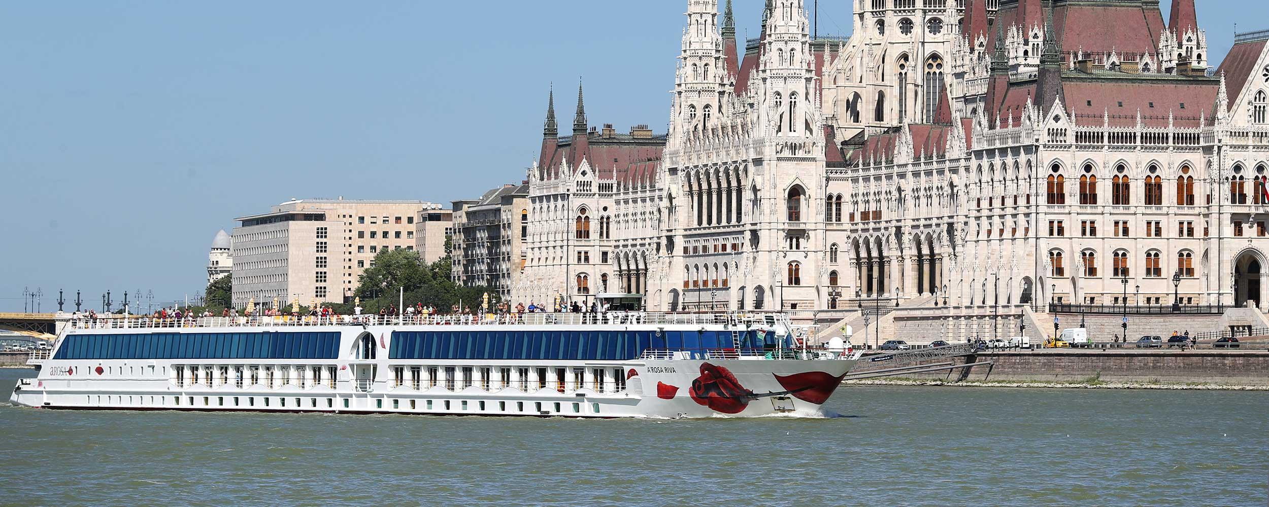 7 Nächte ab Wien, Esztergom, Budapest, Bratislava, Wachau, Krems und Melk nach Engelhartszell (Passau).