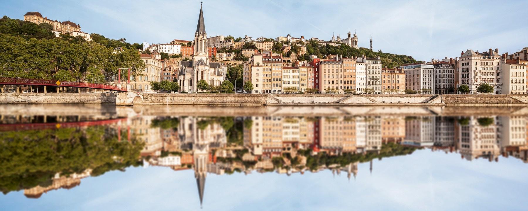 5 Nächte ab Lyon, Viviers, Arles und Avignon nach Vienne.